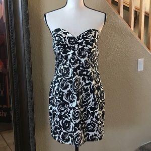 F21 Black & White Floral Strapless Dress